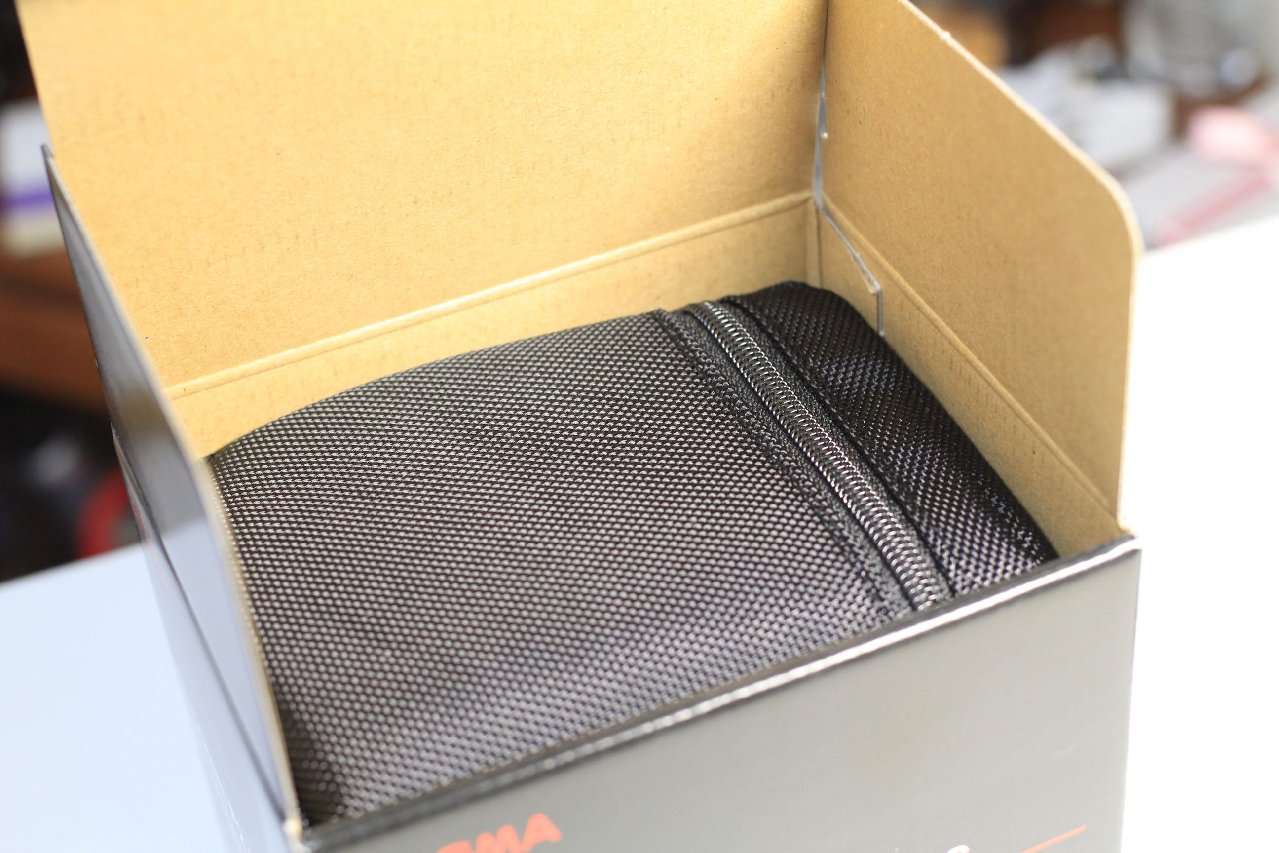 SIGMA(シグマ) 17-50mm f2.8 EX DC OS HSMの箱の中身