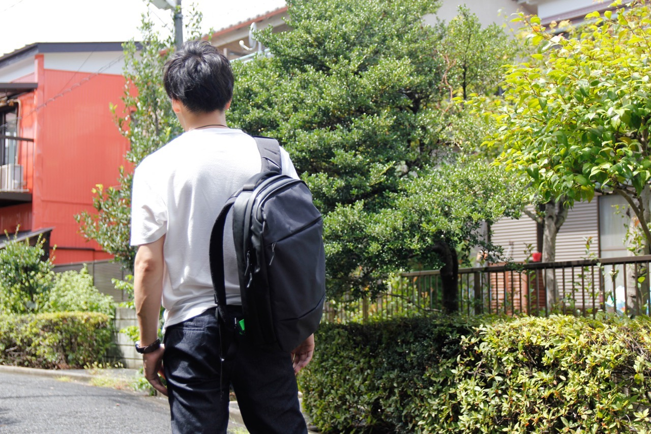 incase-backpack-22