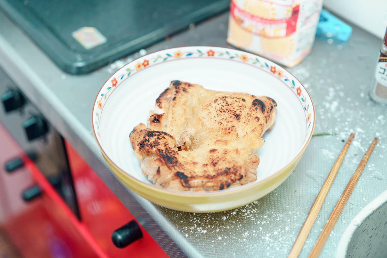 焼けた鶏肉