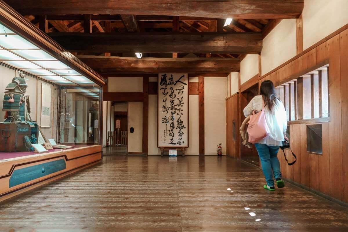 松山城の内部