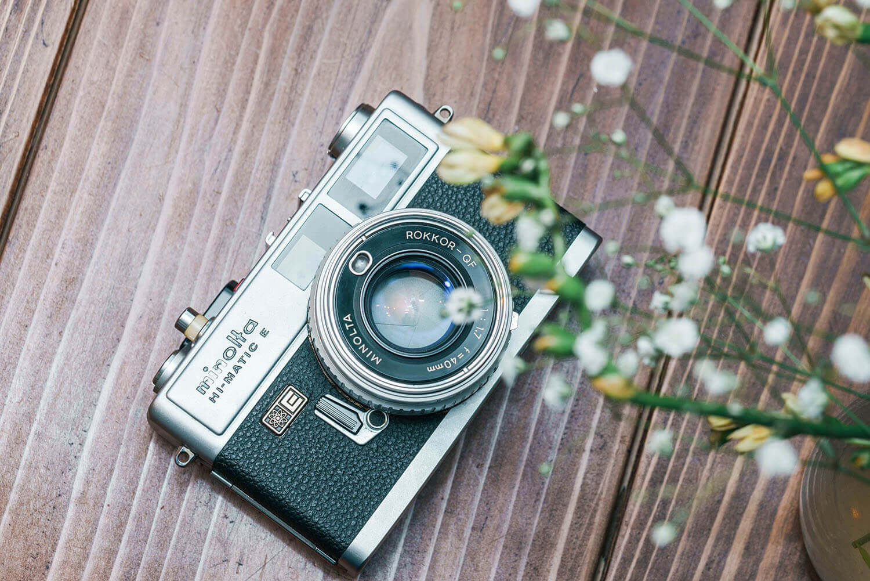 minoltaのフィルムカメラHI-MATIC Eを購入。オートで入門者におすすめのフィルムカメラ