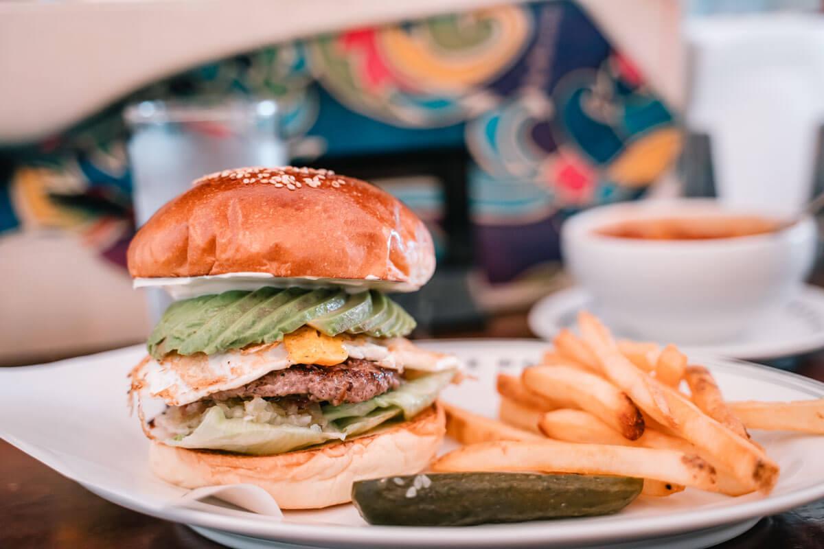 ファイヤーハウスのハンバーガー
