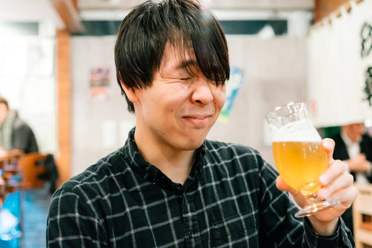 めっちゃうまそうにビールを飲むけーすけ