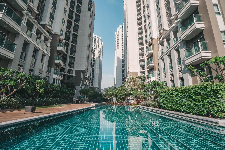 タイで撮影したプールの写真